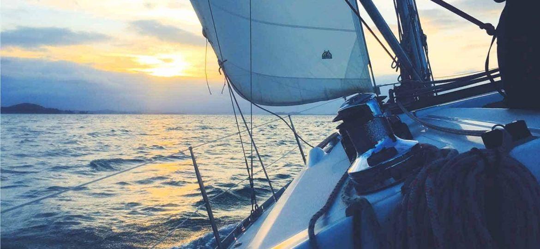 Centro-Velico-Naregno-Sailing-3@075x